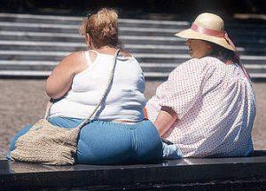 Obesitas dan kejadian nyeri pada sendi lutut