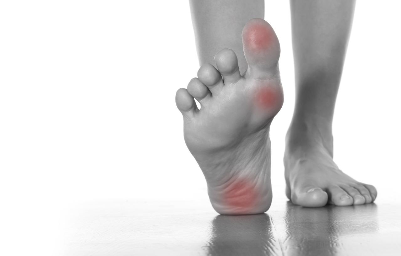 kaki kesemutan gejala saraf kejepit